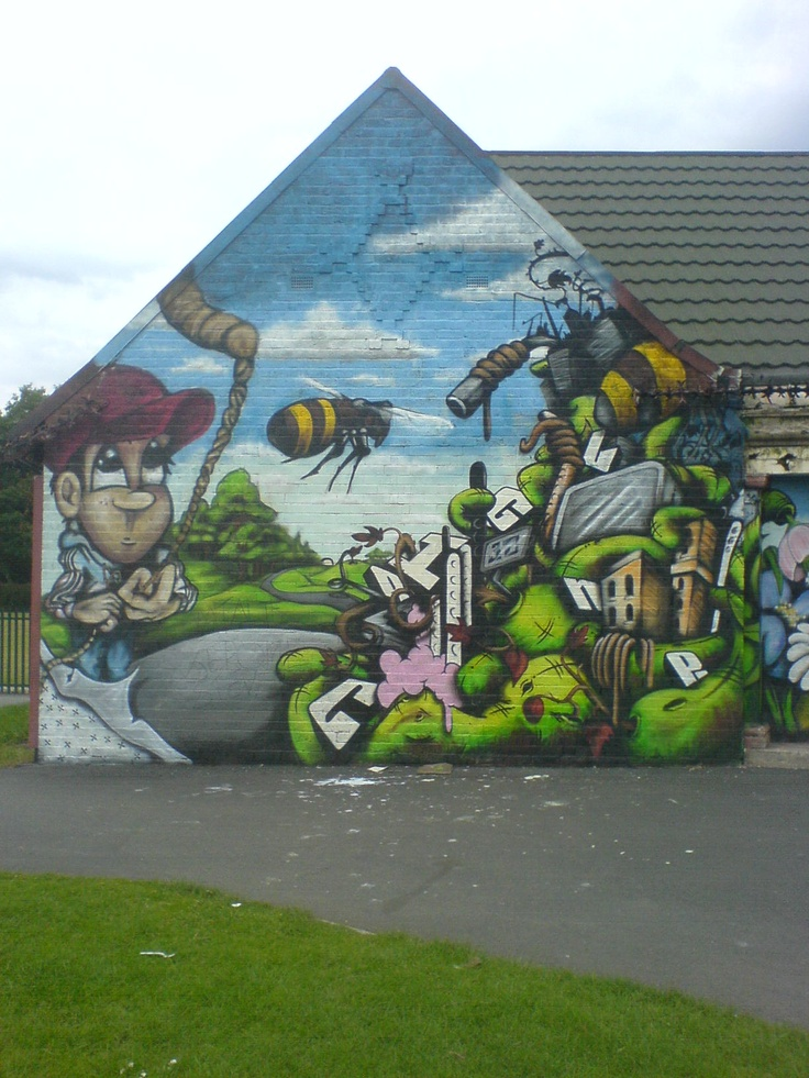Park building wall in Levenshulme, Manchester (2007)