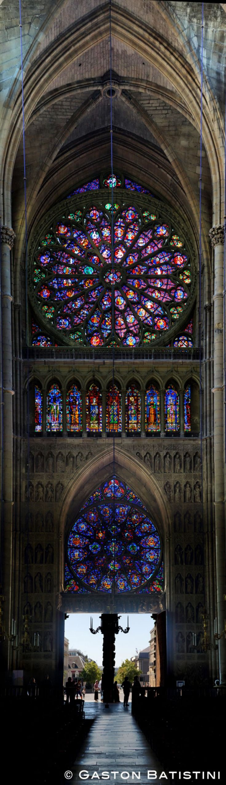 Cathédrale Notre-Dame de Reims, Champagne Ardenne, France....it is very beautiful!