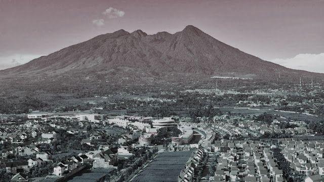 Misteri gunung padang menjadi bukti peradaban kuno yang cukup maju untuk menciptakan keajaiban dunia kuno terbesar.