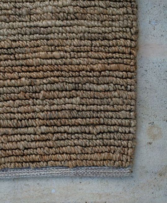 Our all natrual Looped jute rug. Best suited to - Lounge rooms, bedrooms & entranceways – spaces requiring a hard wearing & durable texture which adds depth and character to the space. This rug is not suitable for homes with cats that are inclined to pull the loops up.