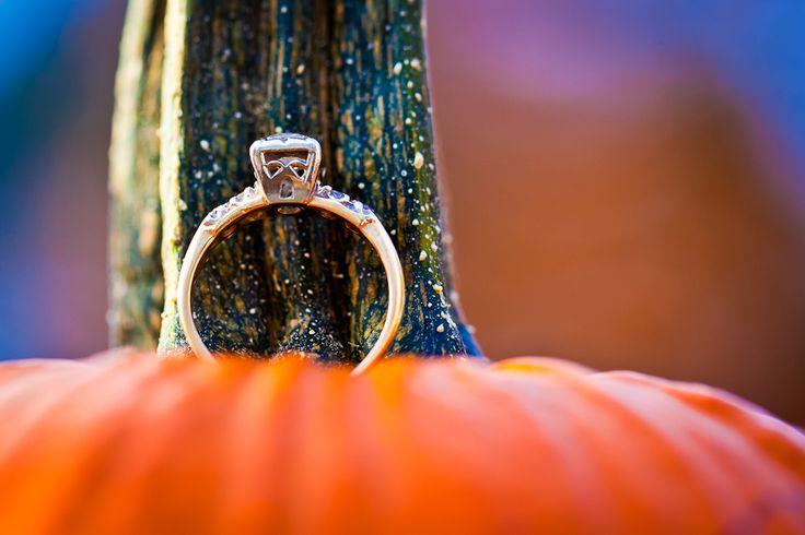 Fall engagement photos, pumpkin engagement