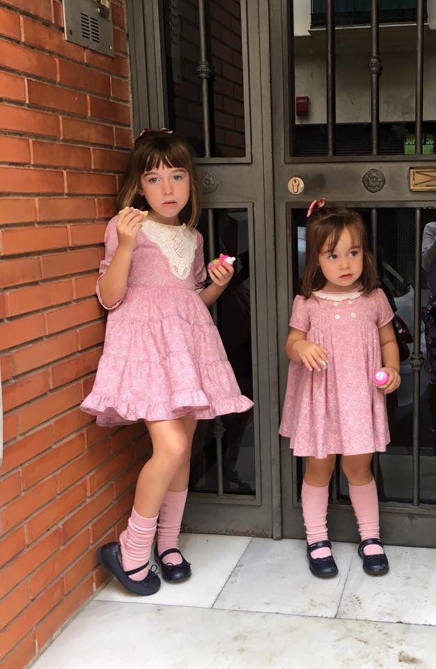 Conjuntos niña con encaje para la mayor y jaretas para la pequeña