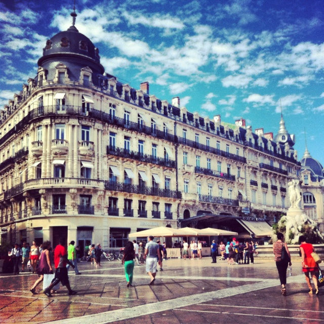 Montpellier - to visit again!!  How did we miss this? Another reason to return to France.