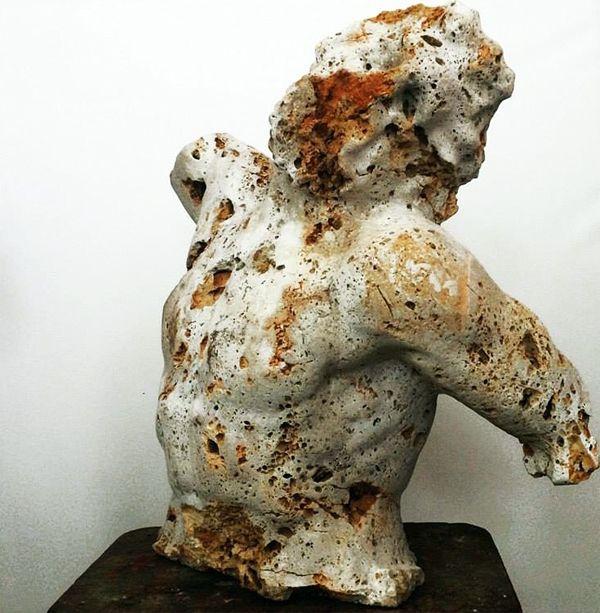"""Massimiliano Pelletti """"Untitled"""" # 0004 2014 Scultura in pietra grezza 60 x 50 x 68 cm"""