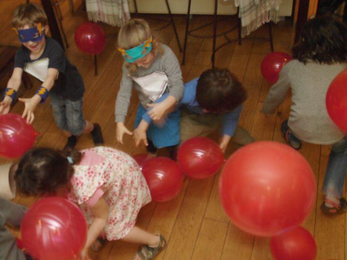 Fête d'anniversaire Super Héros les jeux, les idées pour organiser une fête d'anniversaire - My Little Day et Yoyo Mom