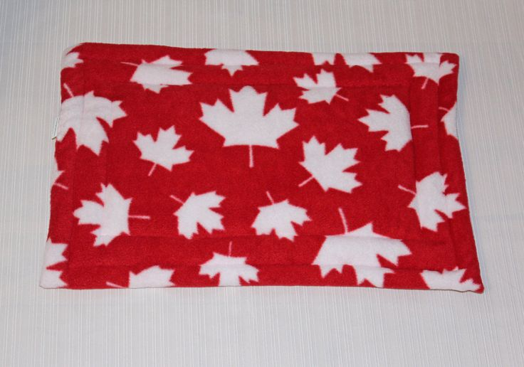 Pet bedding, pet mats, pet pads, gifts for pets, pet bed, gift for pet lover, Canada 150, made in Canada, pet beds, small animal mats by PetPillowsPlus on Etsy