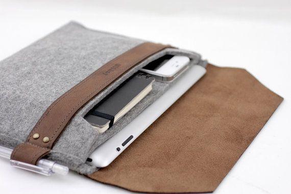 tablet case of felt & leather