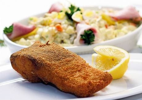 V následujícím článku najdete recepty, se kterými bude štědrovečerní večeře hračka. Vyberete si klasického smaženého kapra, nebo letos rodině předložíte rybu trochu jinak?