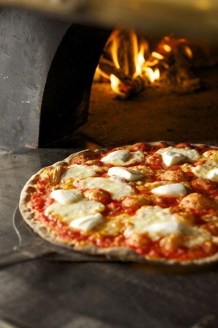 NY流LA流etc.. お好みのスタイルでピザが味わえる都内おすすめレストラン7選