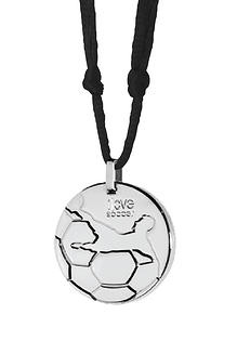 Let everyone know that you follow the fever of SOCCER with this incredible Soccer theme pendant necklace made of the highest stainless steel quality 316L. Get yours today at our online store: www.my316L.com (for: $23.50)  #soccer #soccerball #kick #pele #spikes #sweatproof #fashion #pendant #necklace #necklaces #store #shop #gift #present #nylon #stainlesssteel #jewelry #accessories #accessory #collar #chain #boxchain #waterproof #black #messi #cr7 #cristianoronaldo #fcbarcelona #realmadrid
