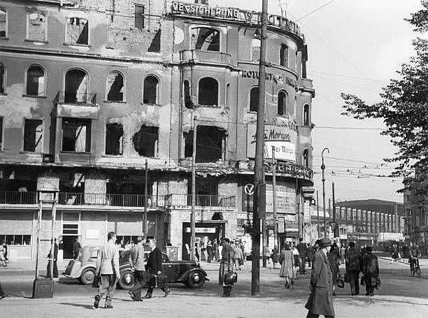 Berlin 1945/46 Kurfuerstendamm Ecke Joachimsthaler Strasse