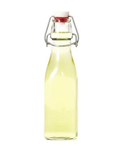 DIY Gift Idea: Homemade Limoncello