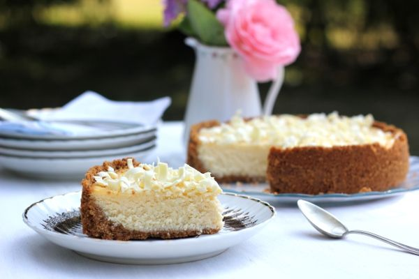 Carrot Cake: Cheesecake de Coco con Vainilla, Baileys, Leche Condensada y Chocolate Blanco... ¡Estoy de Vuelta!