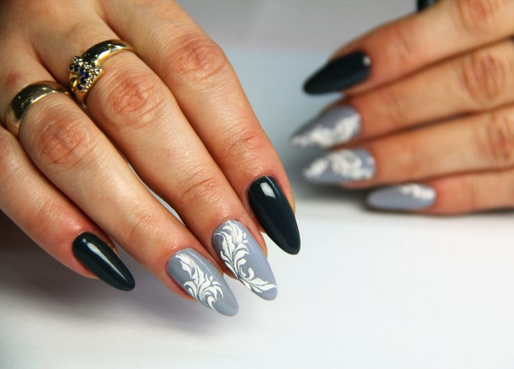 #snownails #greynails #grunge #ladyingray