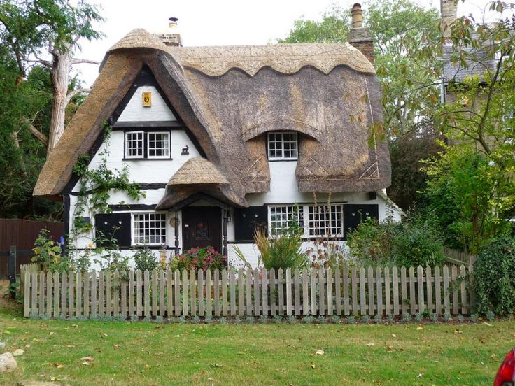 Fence- Thatched Cottage - Pixdaus
