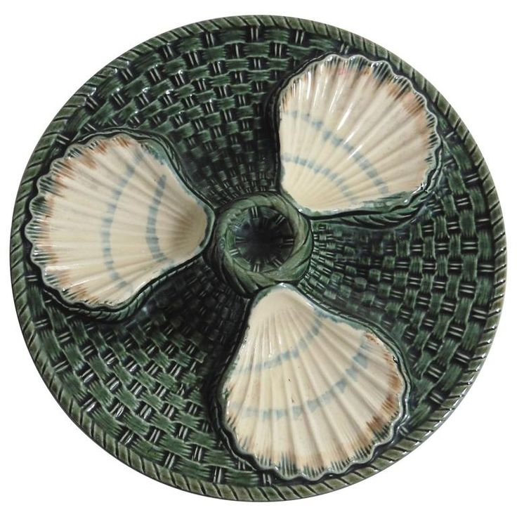 Majolica Three Shells Oyster Wall Plate Long Champ, circa 1890 | From a unique collection of antique and modern dinner plates at https://www.1stdibs.com/furniture/dining-entertaining/dinner-plates/