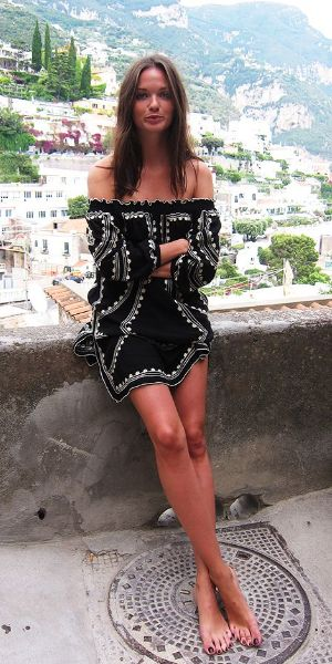 summer style guide: embroidered mini dress
