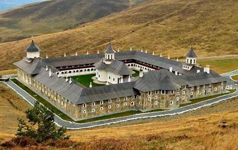 Romania -Muntii Apuseni Manastirea Ponor