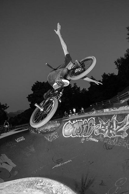 Bowl Annecy, by guigui_sk8_74, 2012. via Flickr.