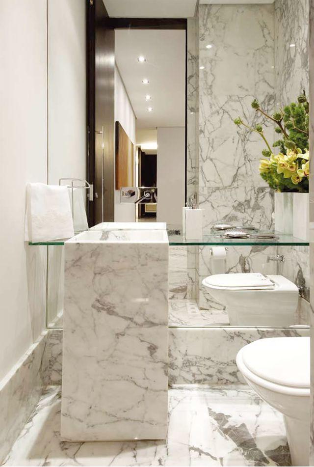 Decor Salteado - Blog de Decoração e Arquitetura : Mármore em lavabos e banheiros – veja bancadas e pisos com diversos tipos de mármores!