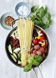 Verdens nemmeste opskrift på spaghetti med kødboller