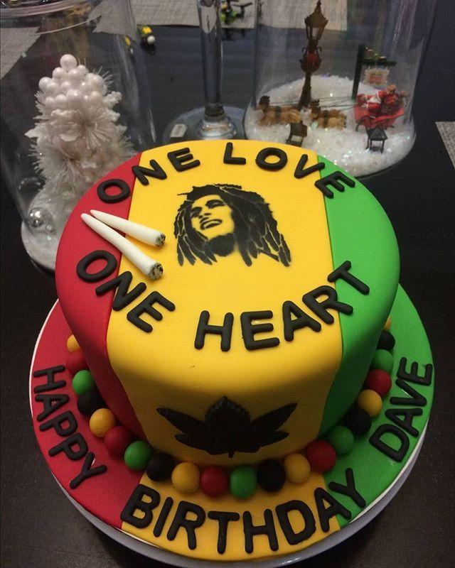 This Cake though.. __________ #cannabisarmy #cannabisculture #cannabiscup #cannabissociety #cannabisdestiny #cannabiscures #cannabiscommunity #stonernation #prettypotheads #stonergirls #bongbeauties #stonerfam #stonerlife #potheadsociety #highsociety #stayhigh #staylit #weshouldsmoke #fueledbythc #medicated #420australia #canadianstoners #topshelflife #prettypothead #highlife #420life #420culture #iwillmarrymary #hightimes