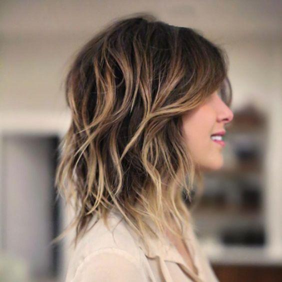 13 Modern Shag Hairstyles To Shake Things Up A Bit Dieshagfrisur Frisur Shag Haarschnitt Ideen Haarschnitt Coole Frisuren