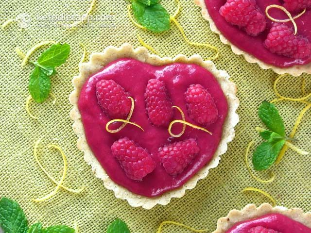Healthy Raspberry Curd Hearts