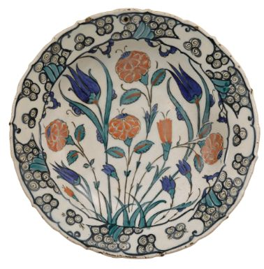 An Iznik Polychrome Dish, Turkey, Circa 1575 | Lot | Sotheby's