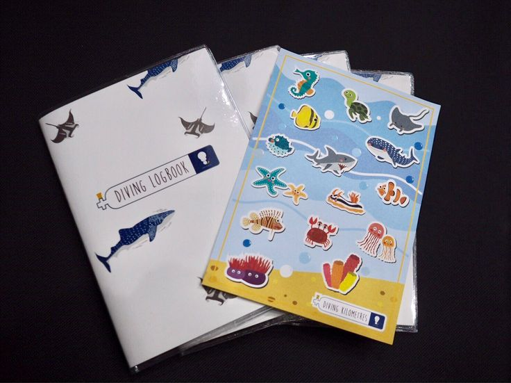 Scuba Diving Logbook for all Diver. This logbook include all useful information to record for PADI, SSI, Naui and other licensed dive by KMthetraveller on Etsy