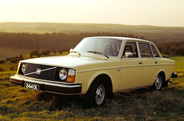 Volvo-244-Norway-1977.jpg (600×395)