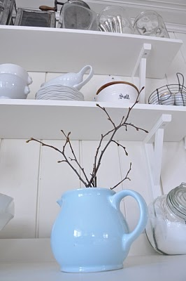 Lovely jug a pretty blue: Baby Blue, Blue 3, Charms Blue, Pretty Blue, Bedrooms Design, Blue Treats, Blue Bedrooms, Blue Jug, Blue Blu