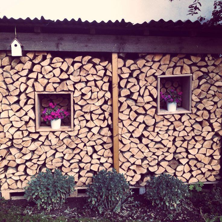 8 besten brennholz lagern bilder auf pinterest brennholz lagern kaminholz lagern und. Black Bedroom Furniture Sets. Home Design Ideas
