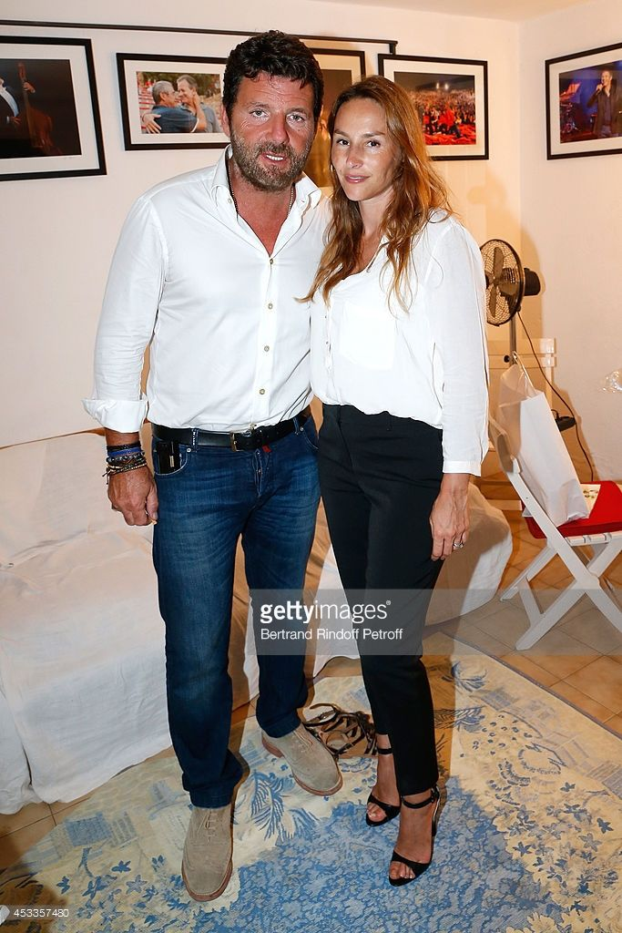 Photo d'actualité : Actors Philippe Lellouche and Vanessa Demouy pose...