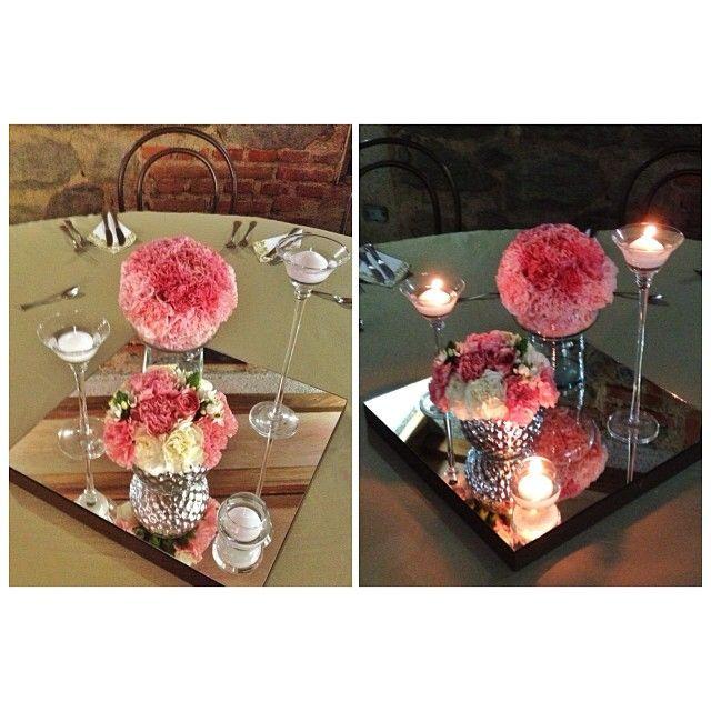 Crear el ambiente perfecto para el día y la noche. 2 decoraciones en 1 misma historia. Yeimy Carlos  #weddingdecoration #boda #decoracion #vintage #love #amor #photooftheday #flores #flowers #crafts #decolores #caracas #novia #bride #fiesta #picoftheday #venezuela #instabride  #hechoamano #creativo #instalove #instagood #instamood #centrosdemesa #centerpieces #sign #chalkboard #pizarra #message #Padgram