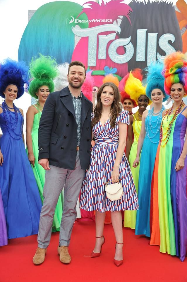 Justin Timberlake and Anna Kendrick arrived on the #DreamWorksTrolls red carpet in style!