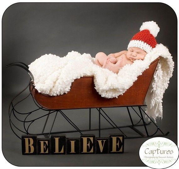 baby christmas photo ideas | What a cute idea for Christmas pictures! | SantaBaby