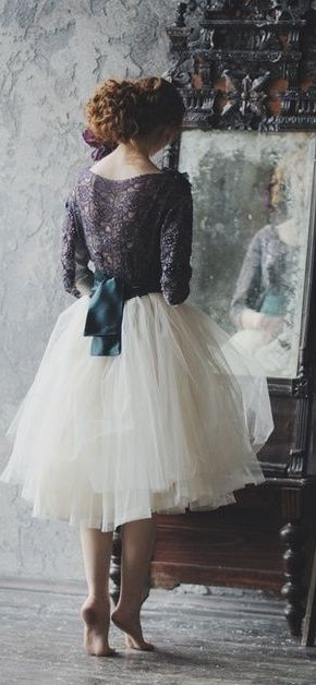Luv this skirt! Int conv with flats..