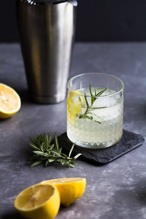 Elderflower Lemon Rosemary Cocktail This Vodka Based Is The Perfect Balance Between Sweet And Tart It U Rosemary Cocktail Lemon Rosemary Cocktail Recipes