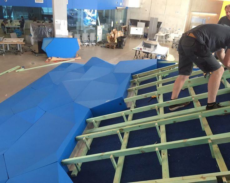 Ryerson University, Toronto Foam seating, coated by Quinze & Milan for Groep Kordekor. Muebles de foam que se adaptan a cualquier diseño interior, ya que se personaliza la forma, color, tamaño....