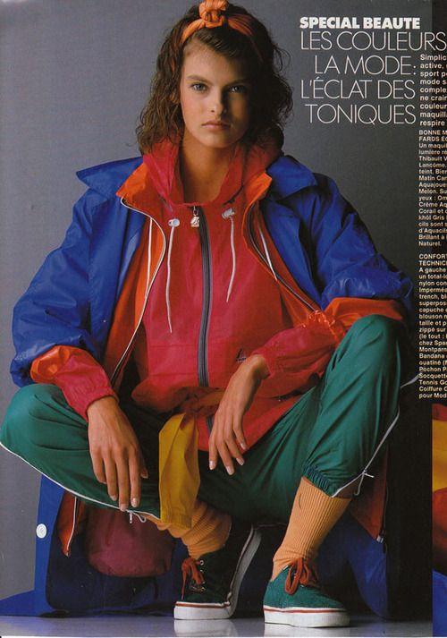 ELLE France 11/1986 LE COULEURES DE LA MODE  Model: Linda Evangelista