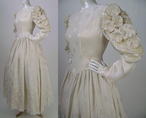 Vintage 1980s Wedding Dress Ivory Silk by iandrummondvintage