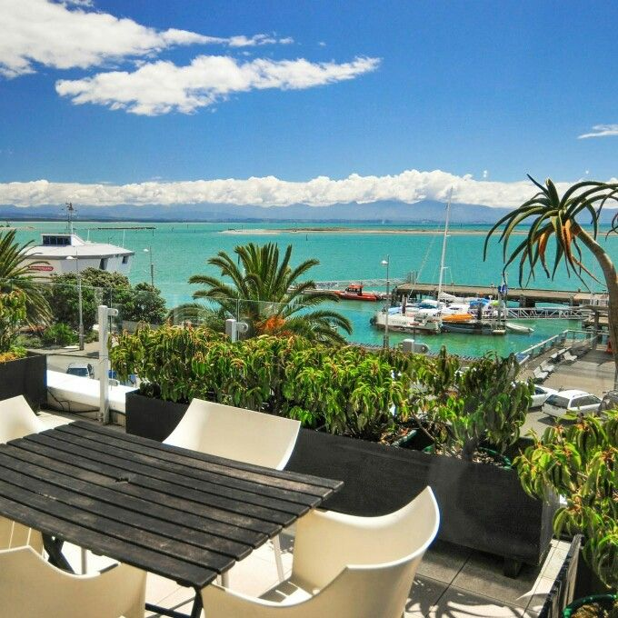 This stunning Nelson waterfront apartment - voted Best City property winner for 2014 - is a great place to relax and enjoy Nelson City and surrounds. Watch the action on the water from the deck, bedroom or living areas and enjoy all the mod cons including broadband and home theatre system. Book online - www.bookabach.co.nz/20438