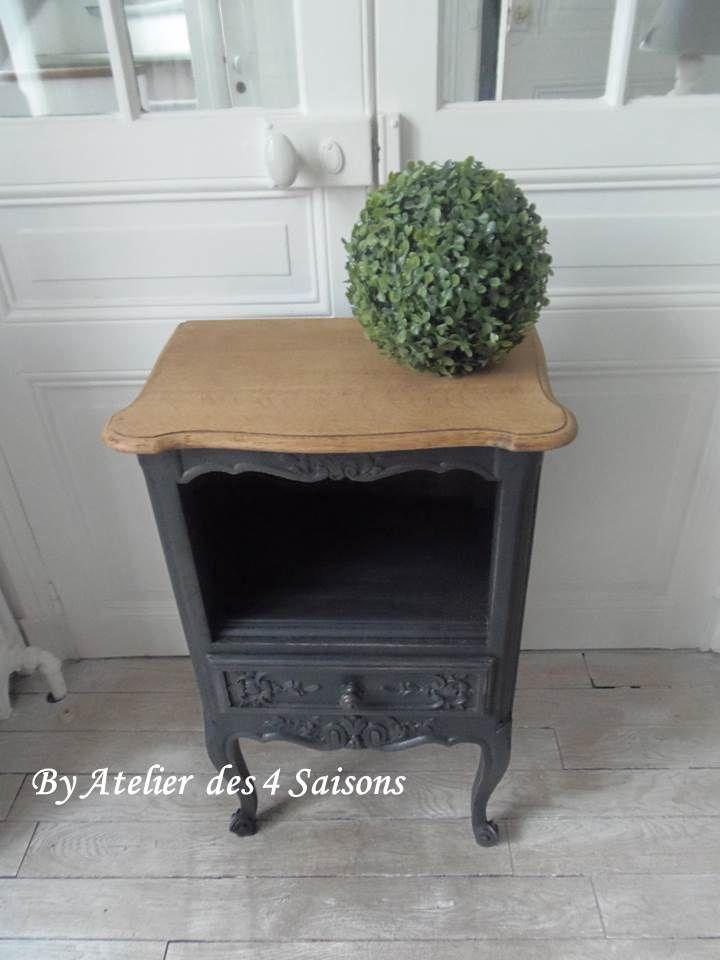 Table de chevet vintage très élégante, revisitée en s'inspirant de cabinets de curiosité du XVIII ème .Ce chevet se fait une place de choix dans notre intérieur , il donne un charme fou.Par l' Atelier des 4 saisons.