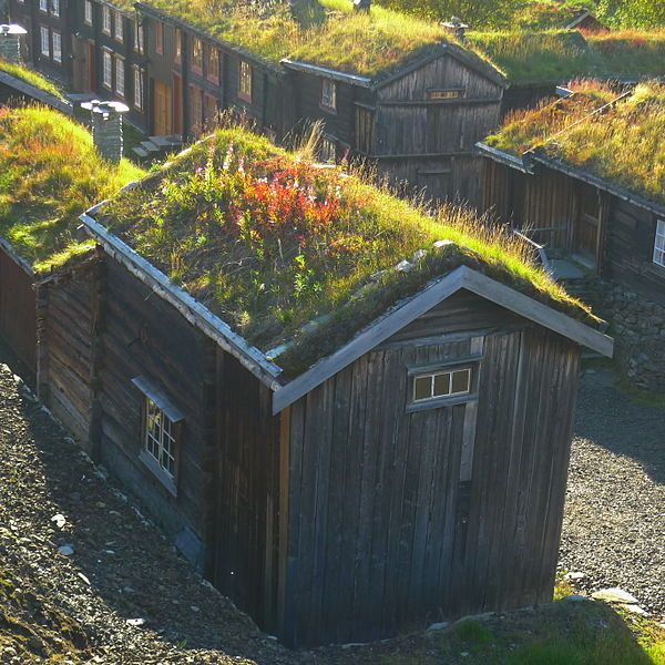 File:Miner's accommodation in Roros, Norway