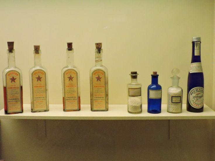 Museo Homeopatía - Inyectables electro-homeopáticos (los cuatro frascos de la…