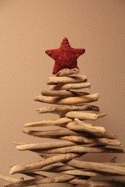Weihnachtsdeko - Weihnachtsbaum aus Treibholz - ein Designerstück von Kaetta bei DaWanda