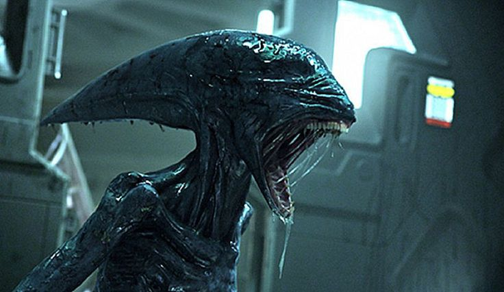 #AlienCovenant director #RidleyScott premieres a new trailer at #SXSW, bridging the gap between #Alien and #Prometheus in a horrifying way.