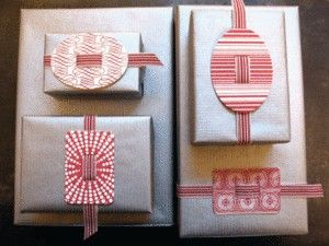 : Giftwrap, Ribbons, Gifts Wraps, Diy Gifts, Scrapbook Paper, Wrapping Ideas, Gifts Tags, Wraps Gifts, Wraps Ideas