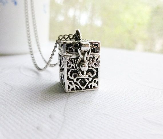Prayer Box Necklace - I used to have one..I wonder if I still do. I love these!!